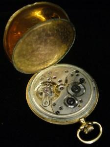 ac2282024 Zlaté hodinky, dvouplášťové - DOXA   Antik v Dlouhé
